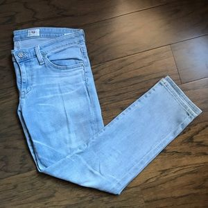 AG Adriano Goldschmied Light Blue Cropped Jeans 27